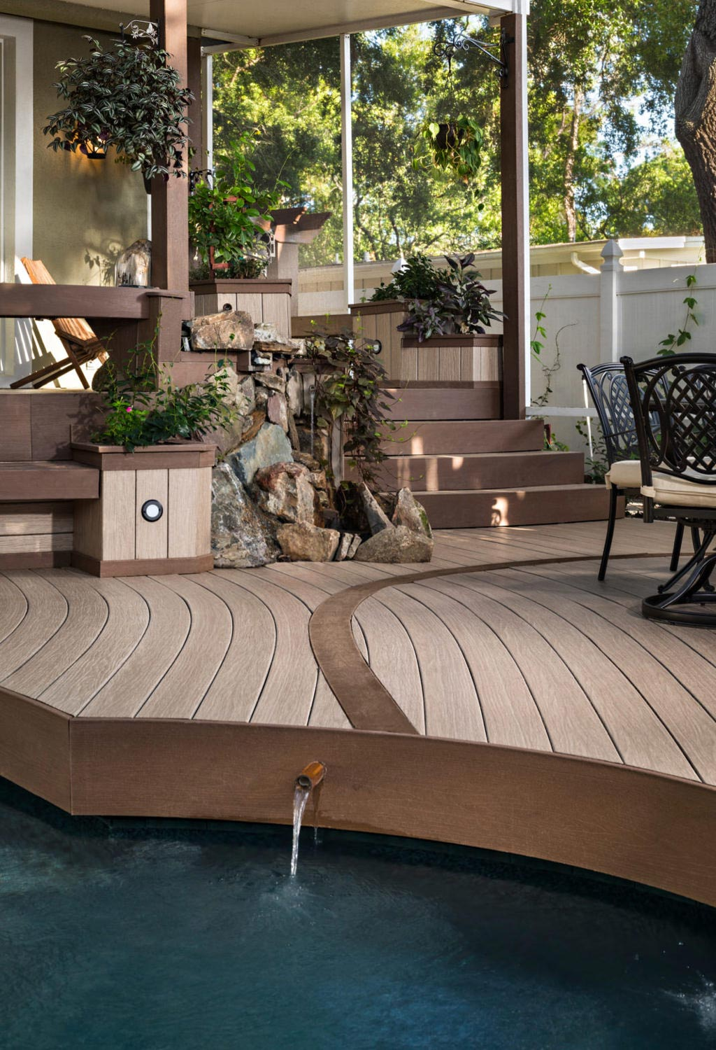 Deck with stairs and water feature